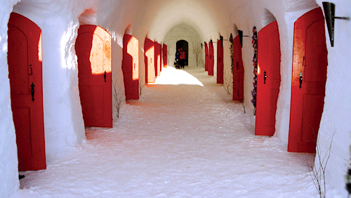 LumiLinna Snowcastle