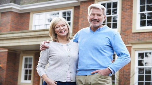 shutterstock_Middle_Aged_Couple (1)